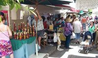 Sunshine Coast Hire Car - Things to do: Eumundi Markets